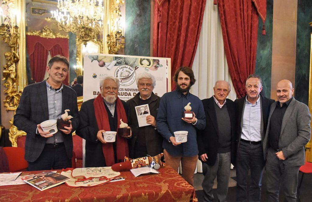 Consegna del Premio Testa d'Aj a Enzo Bianchi nel 2018